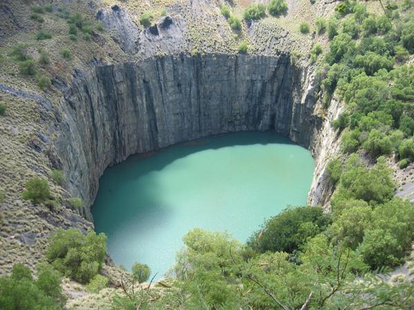 キンバリー ダイヤモンド鉱山